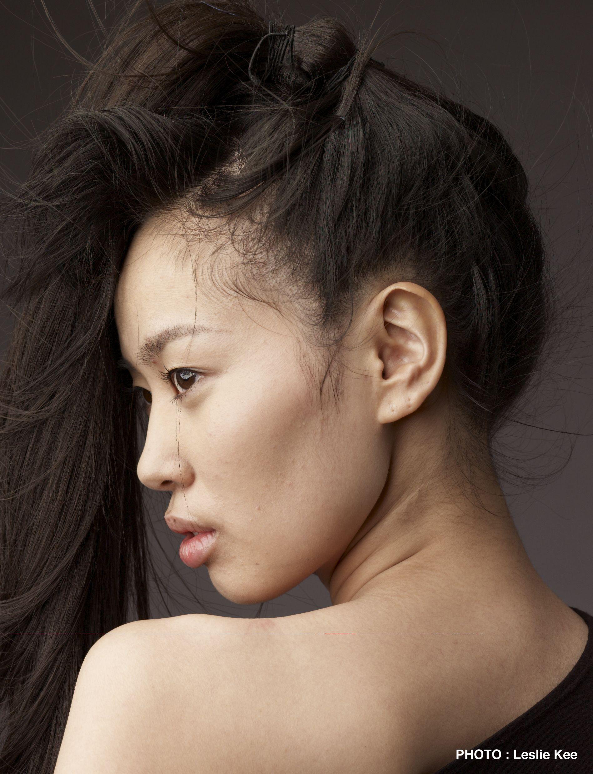 Hitomi Katayama Nude Photos 18